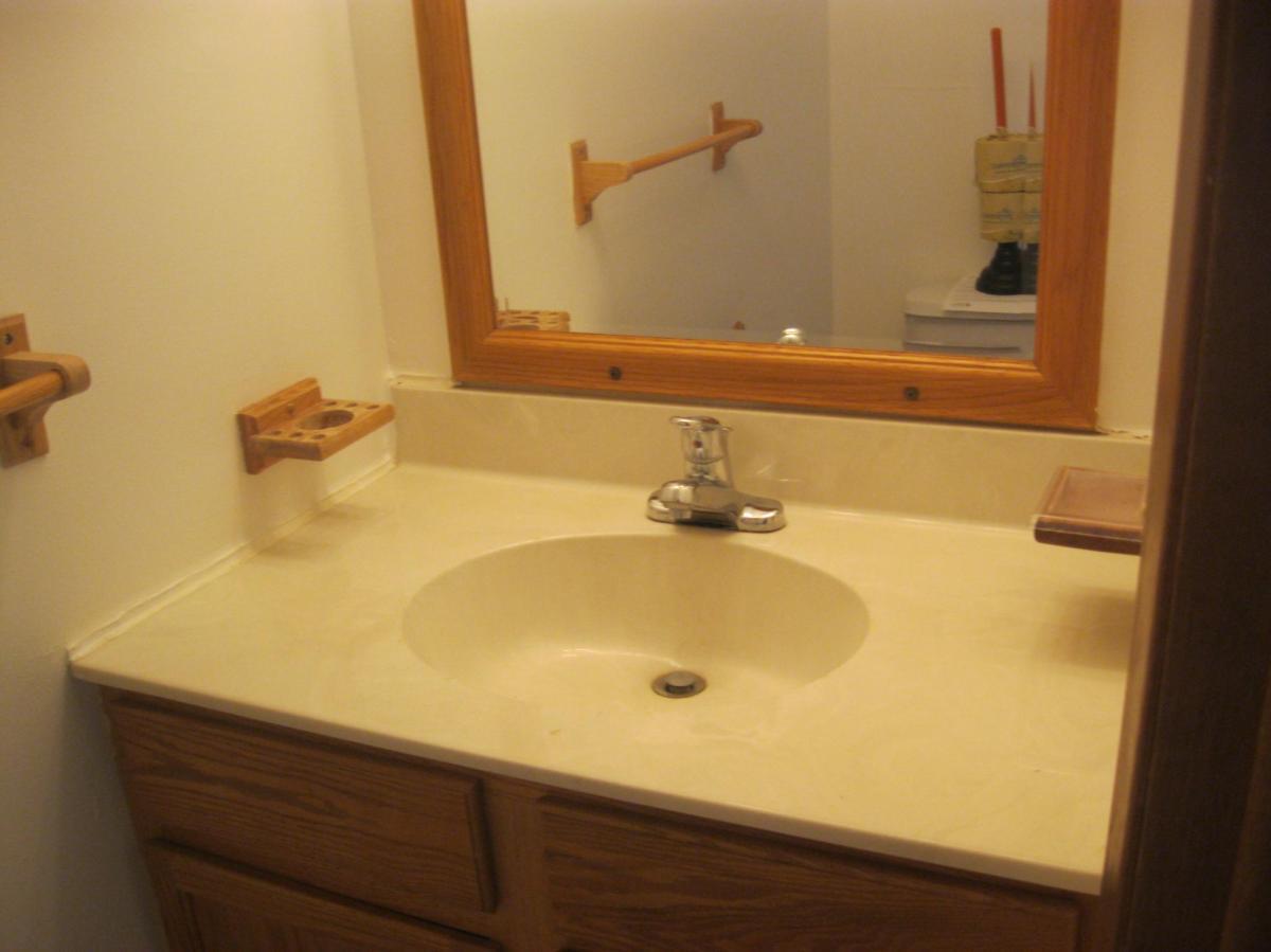 Bathroom Fixtures Utica Ny parkedge townhomes at 441 deborah drive, utica, ny 13502 | hotpads