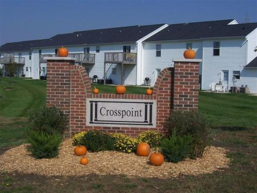 Crosspoint Apartments Photo 1