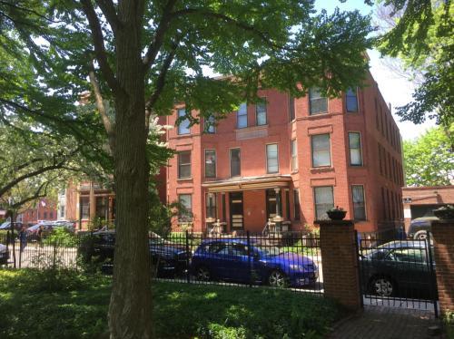 3 Whitman Court Photo 1