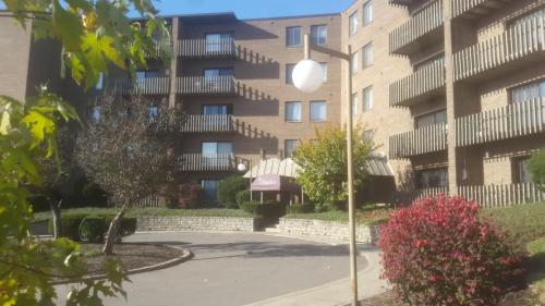 Spyglass Apartments Photo 1