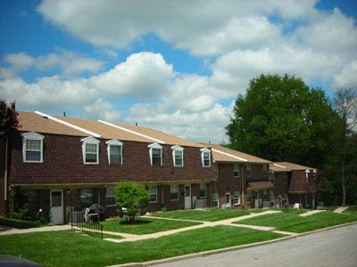 Colonial Village Townhomes Photo 1