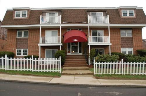 244 Mount Vernon Street #PINE HILL GARDENS Photo 1