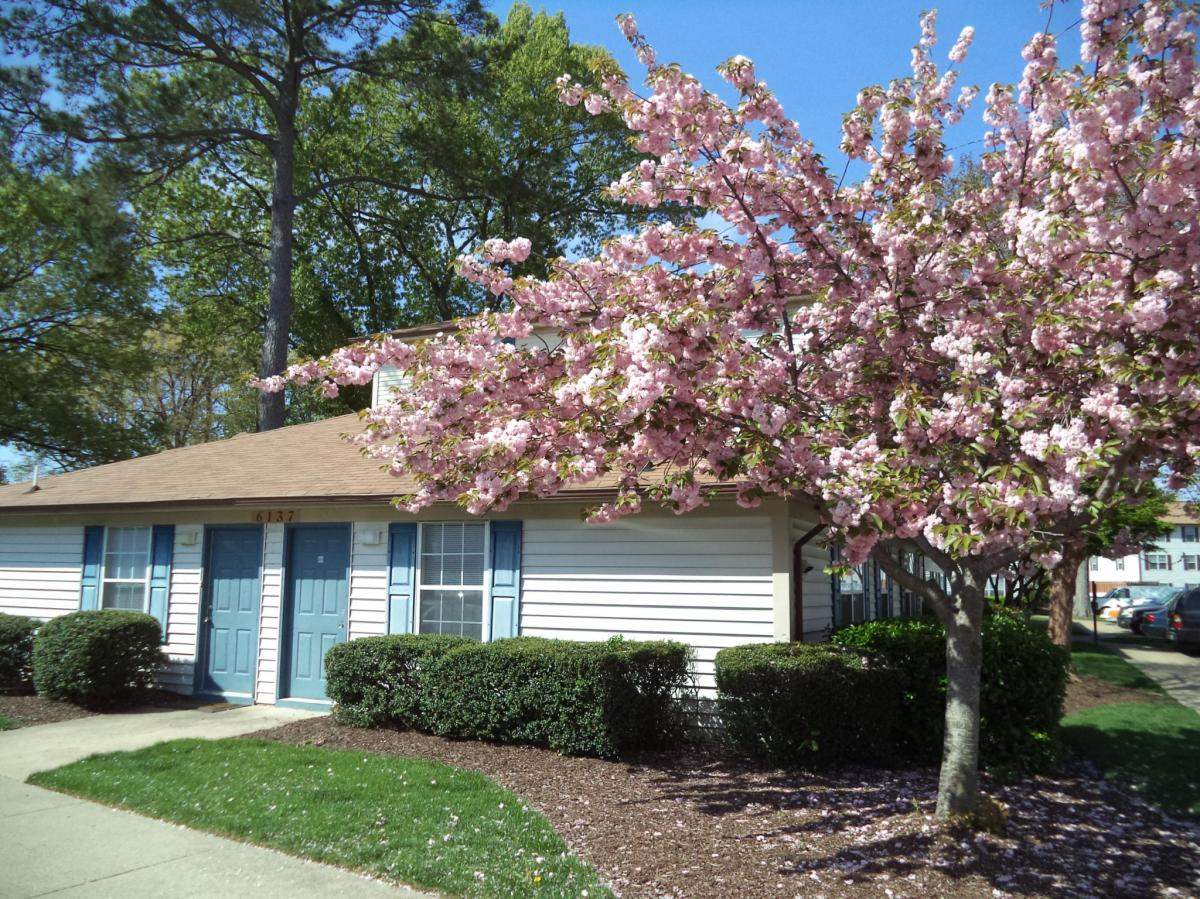Brittany Place Apartments Norfolk