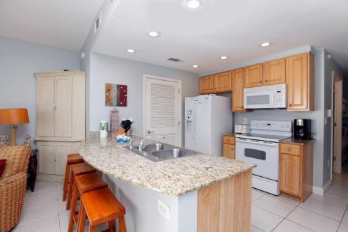 17739 Front Beach Road #805W Photo 1