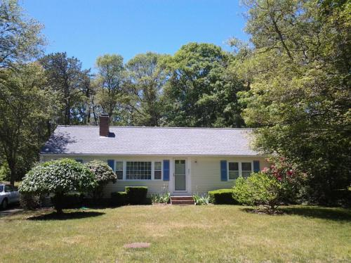 807 W Yarmouth Road Photo 1