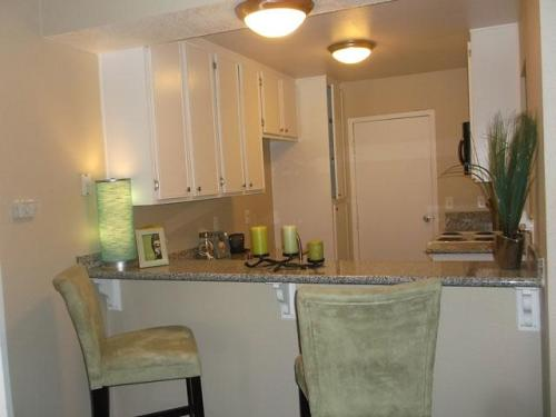 Streams Apartments Photo 1