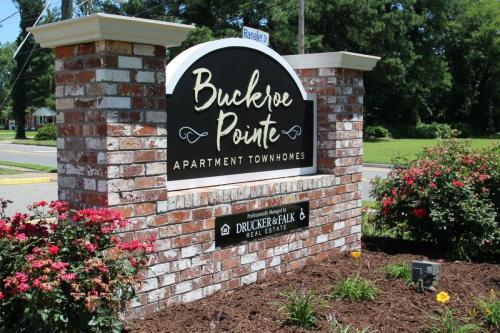 Buckroe Pointe Photo 1