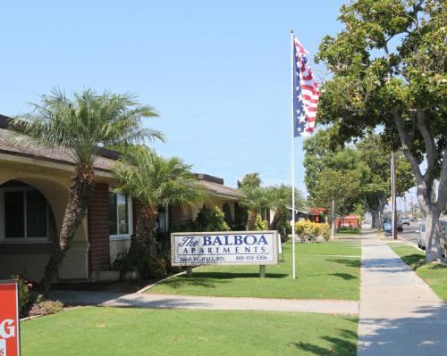 Balboa Photo 1