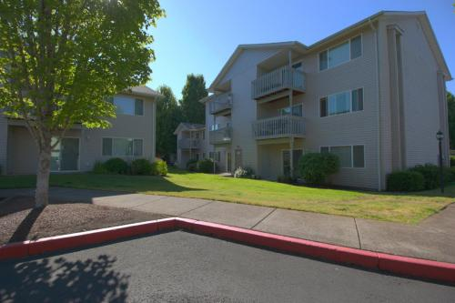 Copperfield Apartments Photo 1