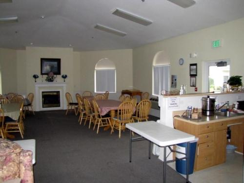 Elk Creek Senior Living Photo 1