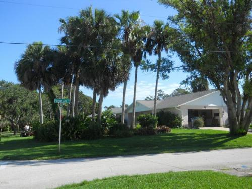3401 John Anderson Drive Photo 1