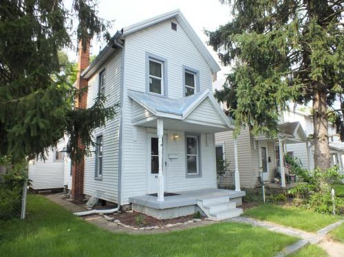 907 E Pearl Street Photo 1