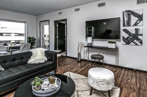 Capitol District Apartments Photo 1