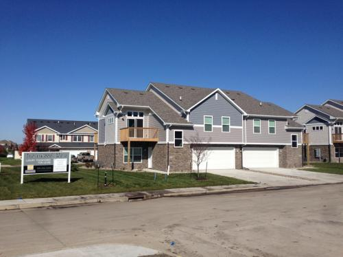 Ironwood Glen Townhomes Photo 1