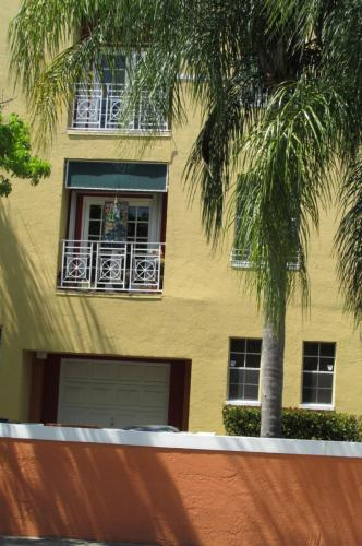 SW 74th Terrace Photo 1