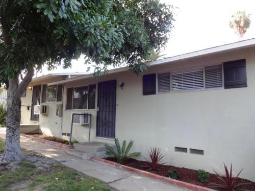 4486 Palm Avenue Photo 1