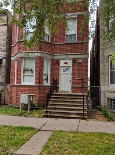 3937 W Flournoy Street #1ST FLOOR Photo 1