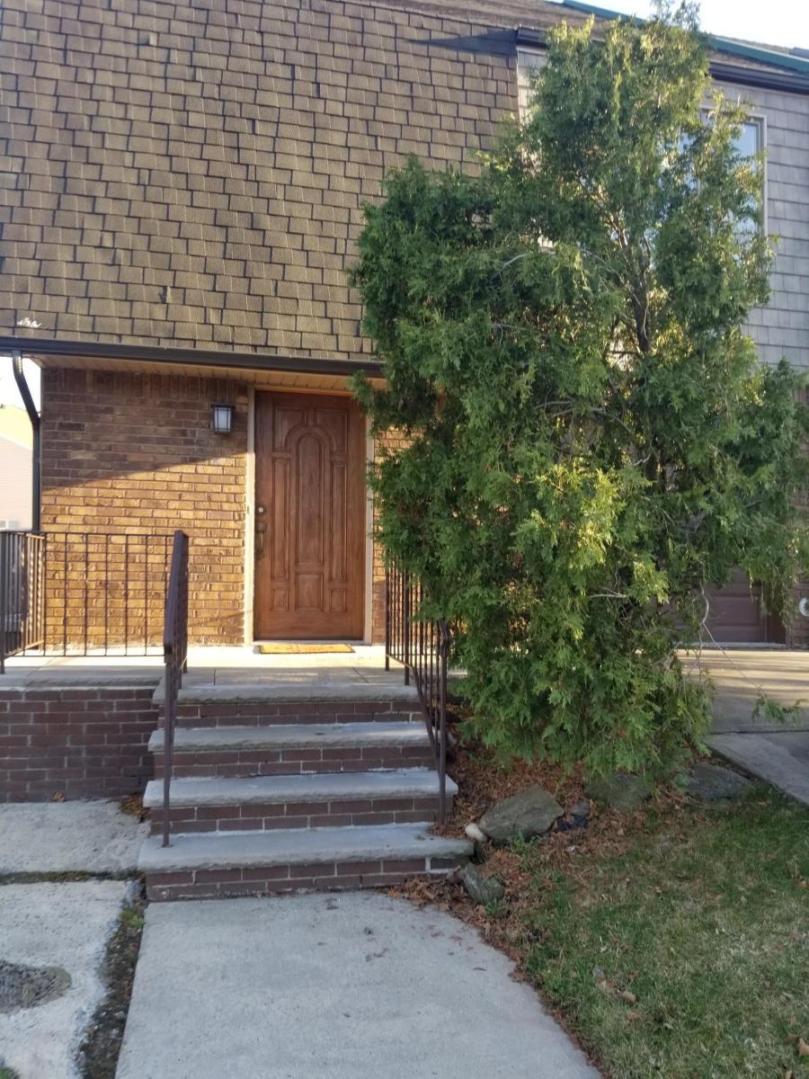 62 Dorval Avenue Apt 2, Staten Island, NY 10312 | HotPads