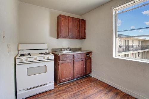Washington Place Apartments Photo 1