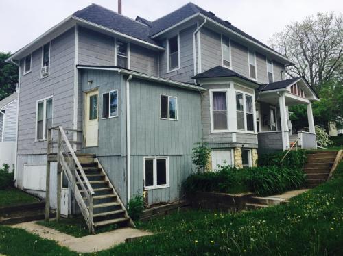 1203 Walnut Street Photo 1