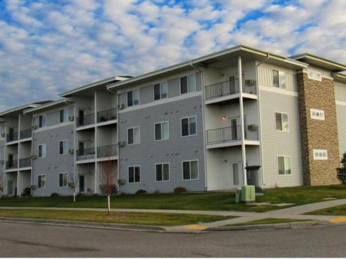 Amber Pointe Apartments Photo 1