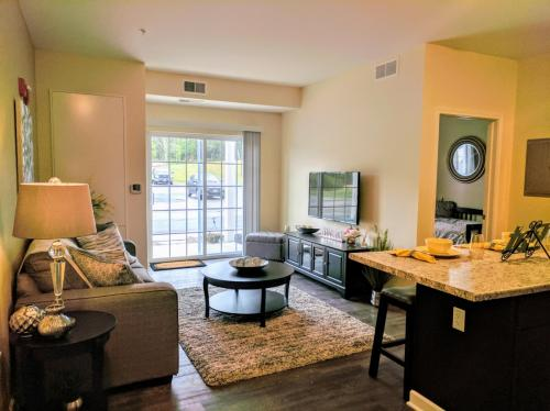 Harbor Woods Living at Niles Photo 1