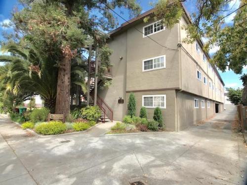 2045 Santa Clara Avenue #E Photo 1