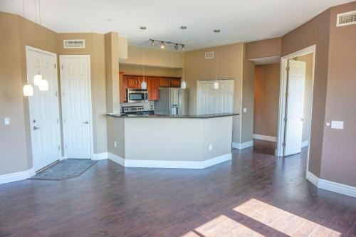 Santana Ridge Condominiums Photo 1