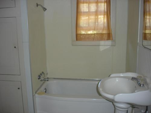 1109 NW River Road Photo 1