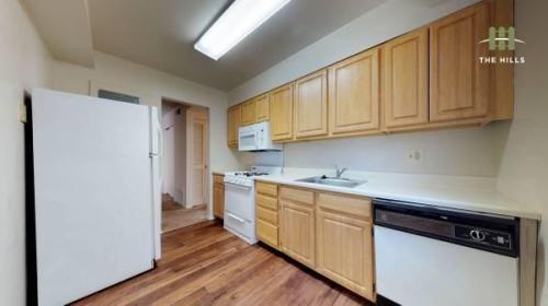 Ten Hills Apartments Photo 1