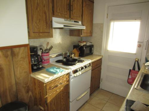 8 King Avenue #4 Photo 1