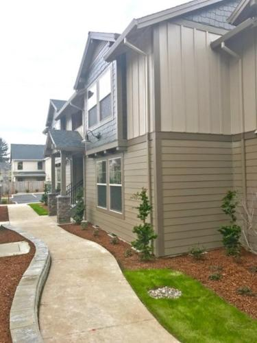 Graven Grove Apartments Photo 1