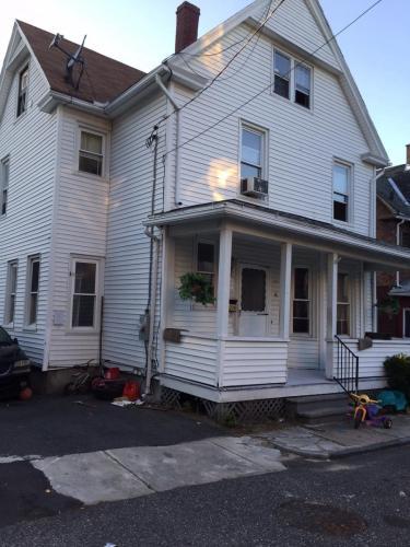 16 Hunt Street Photo 1