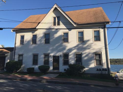 160 Main Street Photo 1