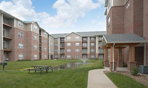 The Reserve Apartments and Townhomes Photo 1