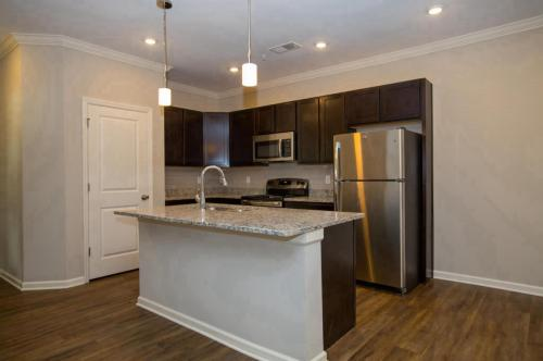 Oakwood Estates Photo 1
