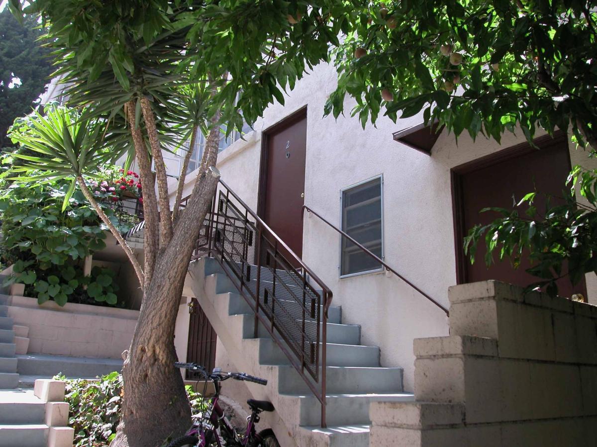 815 Levering Avenue Apt 2, Los Angeles, CA 90024   HotPads