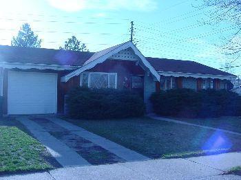 701 S Holly Street Photo 1
