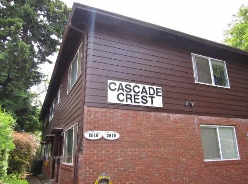 Cascade Crest Photo 1
