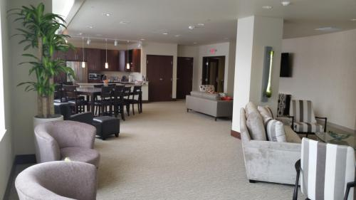 Avenir Apartments Photo 1