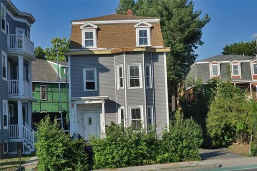 755 Somerville Avenue Photo 1