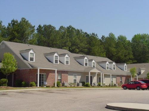 Quail Hill Apartments Photo 1