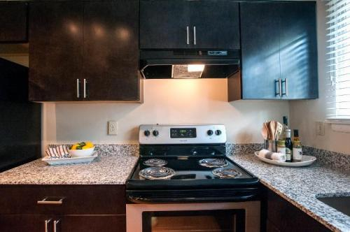 Parkside Five Points Townhomes Photo 1