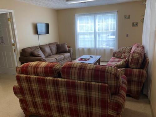 Inez Apartments Photo 1