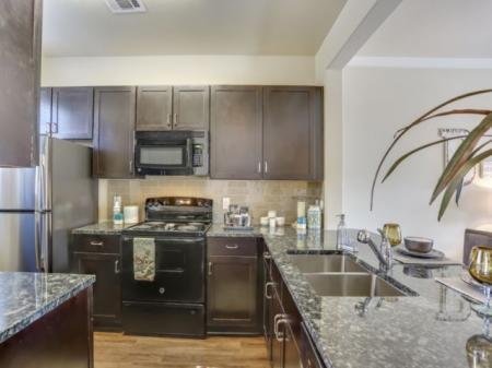 Berkeley Luxury Apartment Homes Photo 1