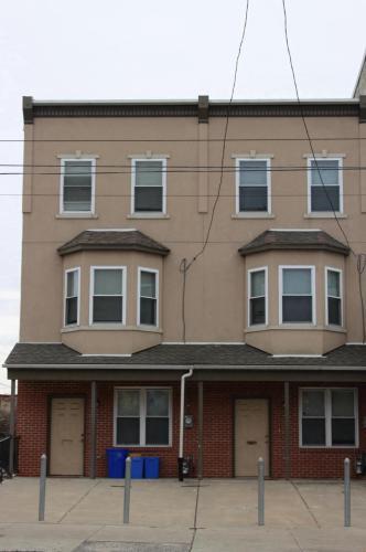 1602 W Erie Avenue Photo 1