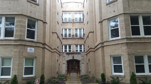 5430 N Kimball Avenue #3E Photo 1