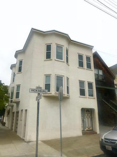 448 Vicksburg Street Photo 1