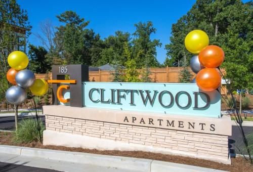 The Cliftwood Photo 1