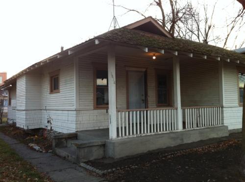 1614 E Broad Ave Photo 1
